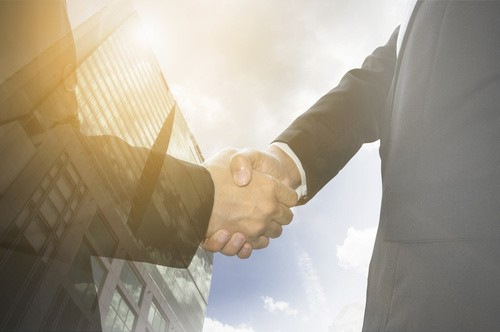 lease and construction agreement handshake
